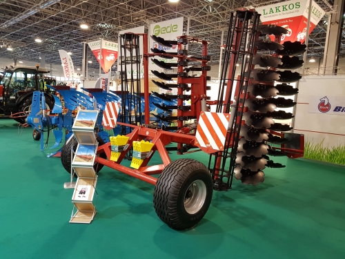 LOZOVA MACHINERY TO PRESENT INNOVATIONS TO HUNGARIAN FARMERS